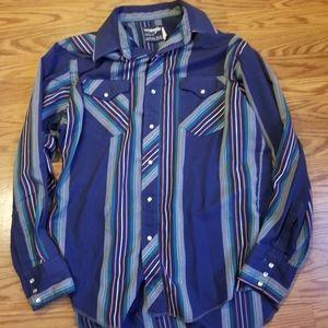 Men's cowboy cut Wrangler western shirt
